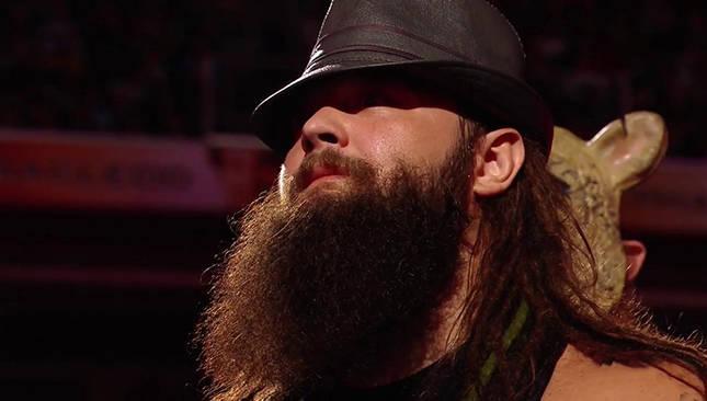 Bray Wyatt vs new day